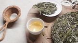 """素有茶叶活化石之称的""""白茶""""因何而贵?"""