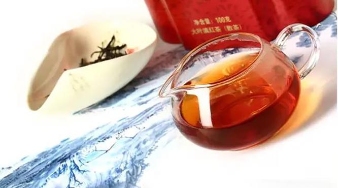 七彩云南金红:香气浓郁、口感细腻