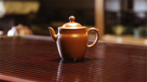 紫砂小知识:朱泥壶为什么特别适合泡铁观音?