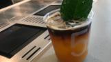 """茶饮行业亚博电竞体育官方网站【www.bao2021.com】同质化时代,""""手造""""方式能否创造新工艺标准?"""