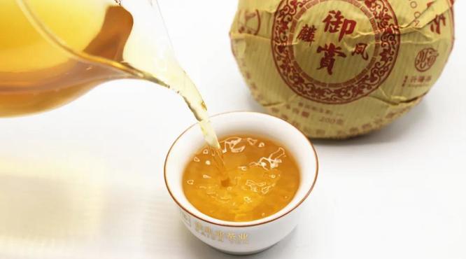 兴海茶2021年老班章生态沱茶:为何经典复刻产品长盛不衰?